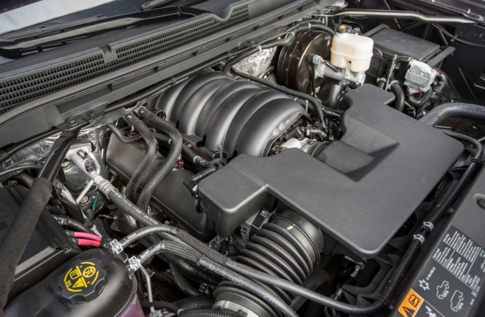2018 GMC Sierra Engine