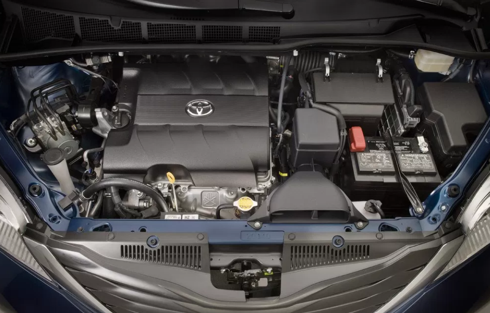 2018 Toyota Sienna Engine